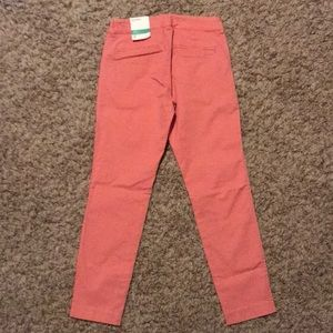 Old Navy Pants - NWT Old Navy Pixie pants size 0